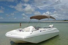 19' Deck Boat