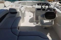 21' Deck Boat Rental